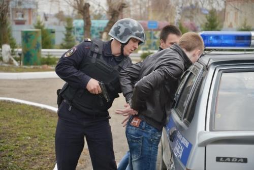 На сколько могут задержать в полиции