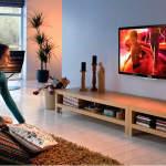 Какой лучше телевизор: изогнутый или прямой
